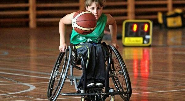 """""""Las barreras te las pones tú mismo"""" – Entrevista a Lourdes Ortega Rico, jugadora de baloncesto en silla de ruedas"""