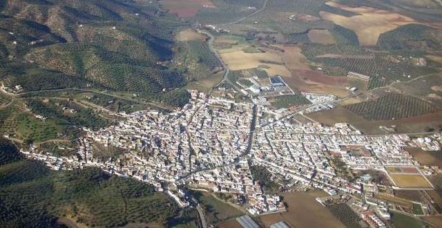 La Diputación arreglará la carretera que une La Puebla de los Infantes con Lora del Río