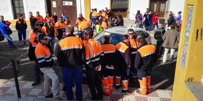 El Real de la Jara se manifiesta por el cierre de la mina Aguablanca donde trabajan 50 realeños