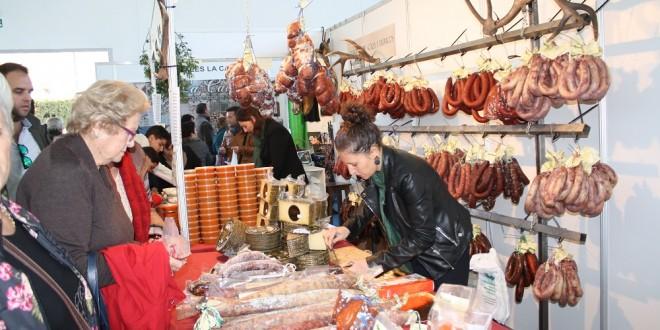 El Pedroso acoge XXIII Feria de Muestras de Productos Típicos y Artesanales de la Sierra Morena Sevillana