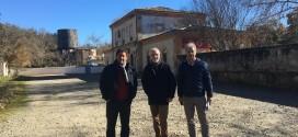 Adif y el Ayuntamiento de Cazalla estudian crear un alojamiento turístico en la estación de tren
